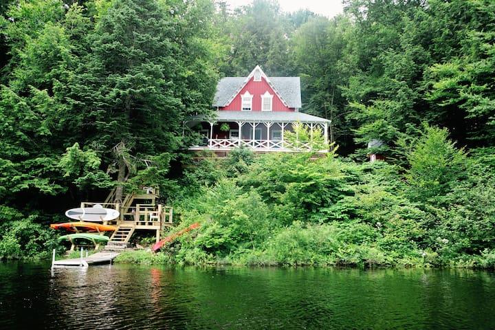 Quiet Rustic Adirondack Retreat - Remsen