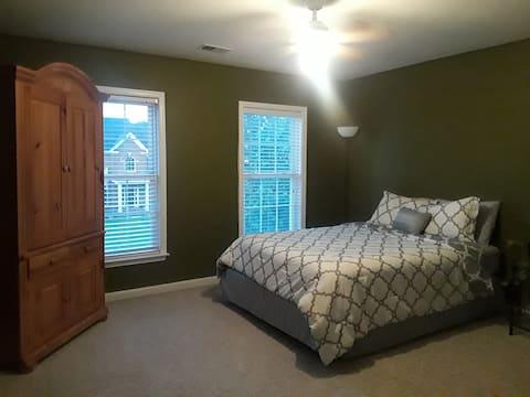 Beautiful Home, Comfortable Bedroom #2