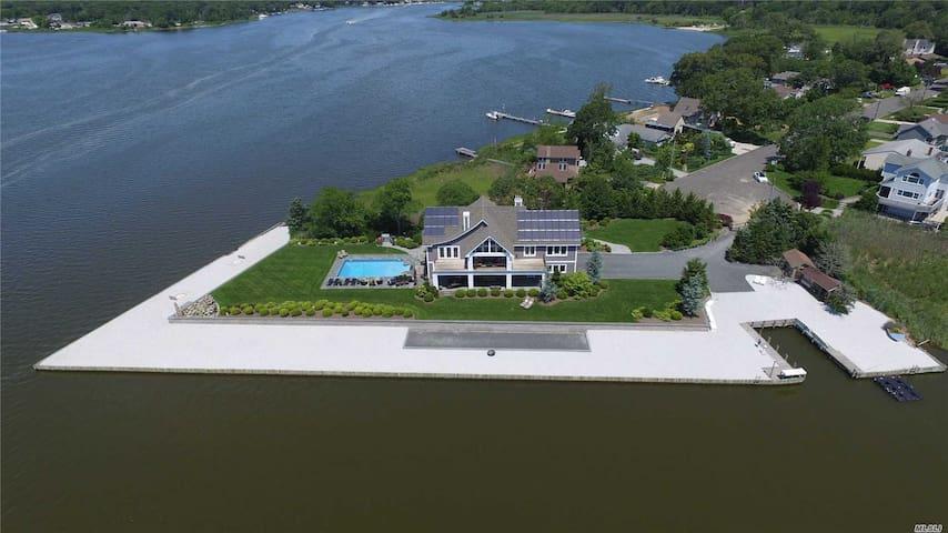 Moriches Waterfront Retreat, Hampton's, Winery's