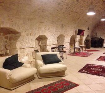 Favolosa Masseria per 6 Ospiti - Sammichele di Bari