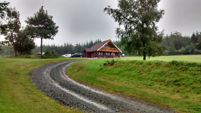 Stunning Log Cabin with fabulous views - Ballinaclash - Ev