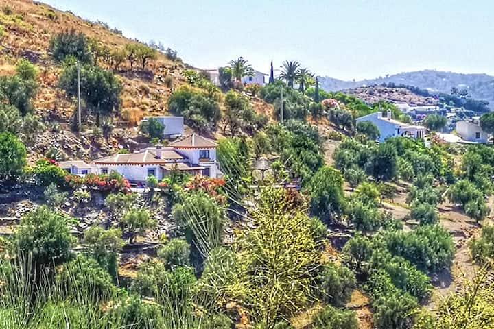 Villa Críalo: Secluded Private Casa with Sea Views
