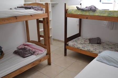 Hostel 'La Casa Roja' en Ostende - Pinamar