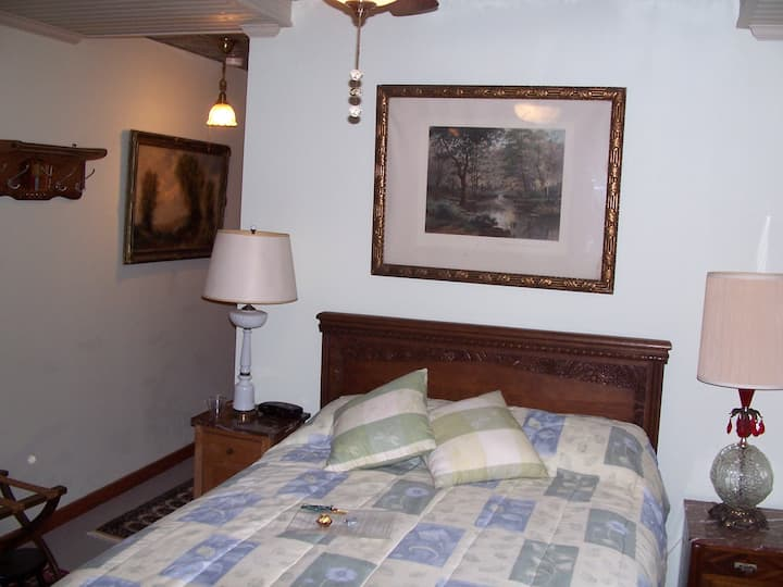 Penobscot Room in a Historic B&B in Winterport, ME