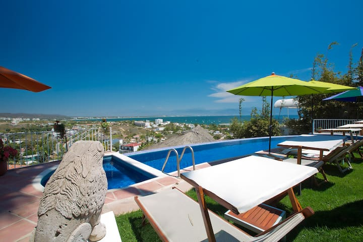 Charming B&B with amazing view, breakfast and pool - Cruz de Huanacaxtle - Bed & Breakfast