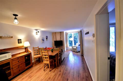 Perfectly located, newly renovated Tremblant condo