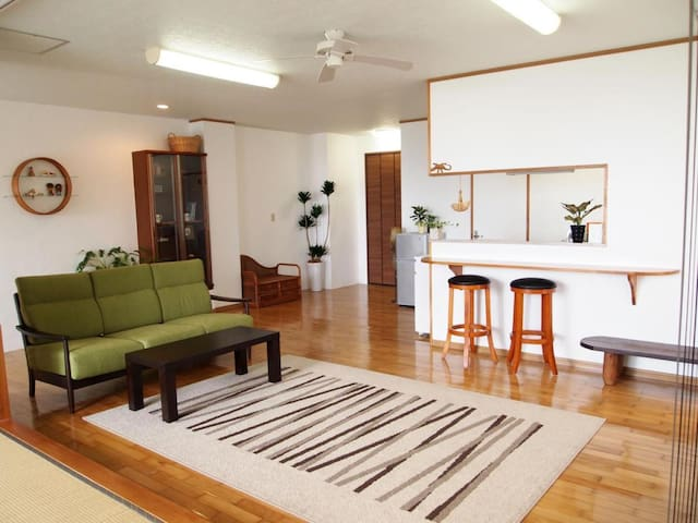 Private Okinawa Condominium with kitchen
