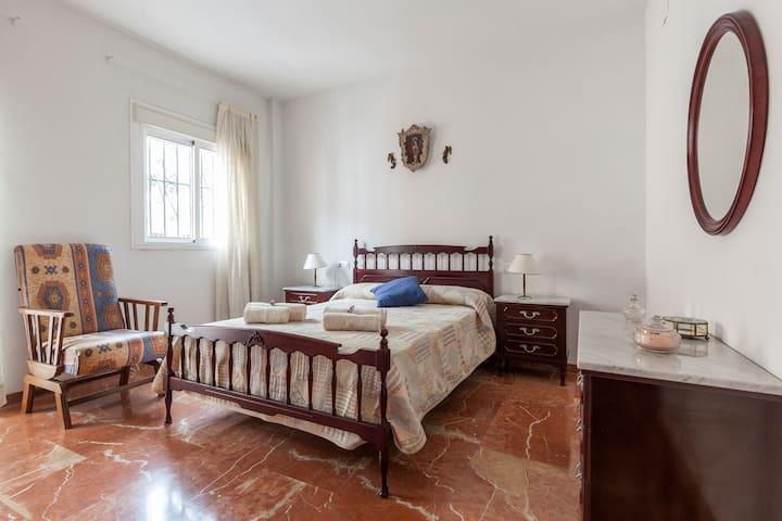 Bed and breakfast en tipica casa Sevillana
