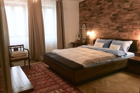 Central Old Town Apartment Bucharest