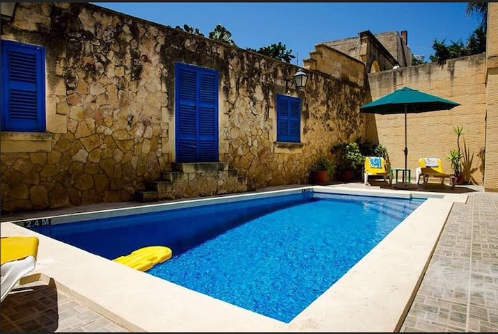 Ta Pawlu house of Character sleeps 10 - Rabat - House
