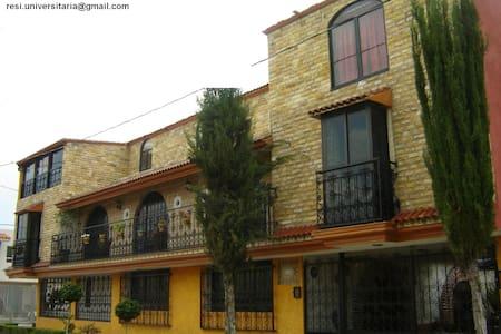 Residencia casa amarilla - Heroica Puebla de Zaragoza