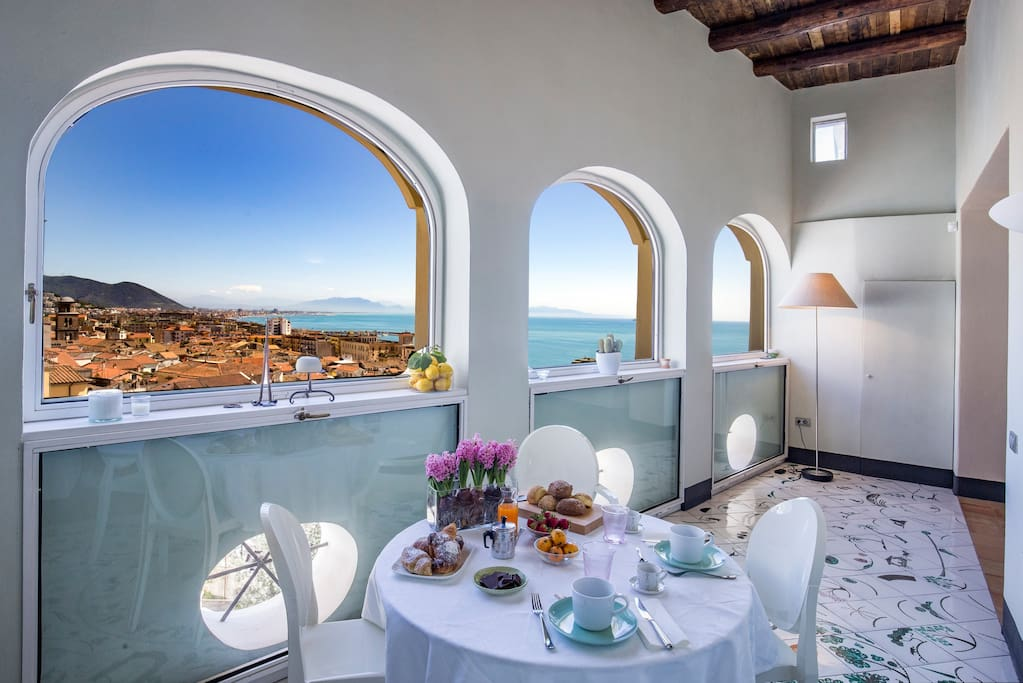 *Dimora Copeta* - the panoramic dining area with handmade and hand-painted tiles  Luxury Panoramic Apt in the heart of the historical center of Salerno  managed by #Starhost