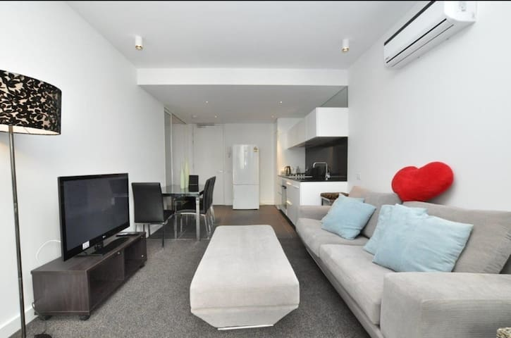Great Apartment Melbourne CBD & Botanic Garden