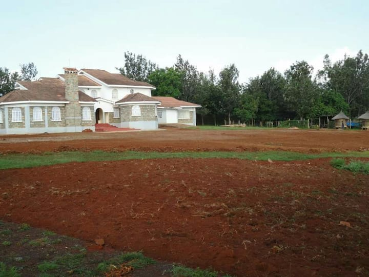 Guest wing on a countryside estate in Siaya