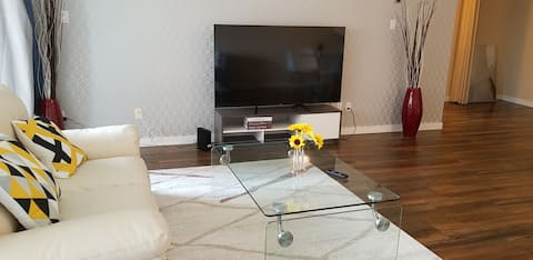 FREE PARKING/WIFI, 1BRM 4PPL, VIEW, TOP LOCATION