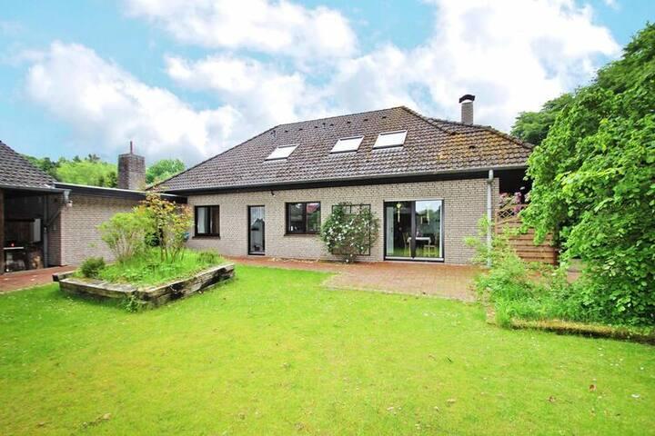 4 star holiday home in Bad Zwischenahn