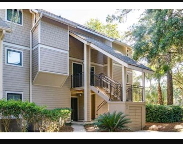Loft on the golf course! - Johns Island - Huvila