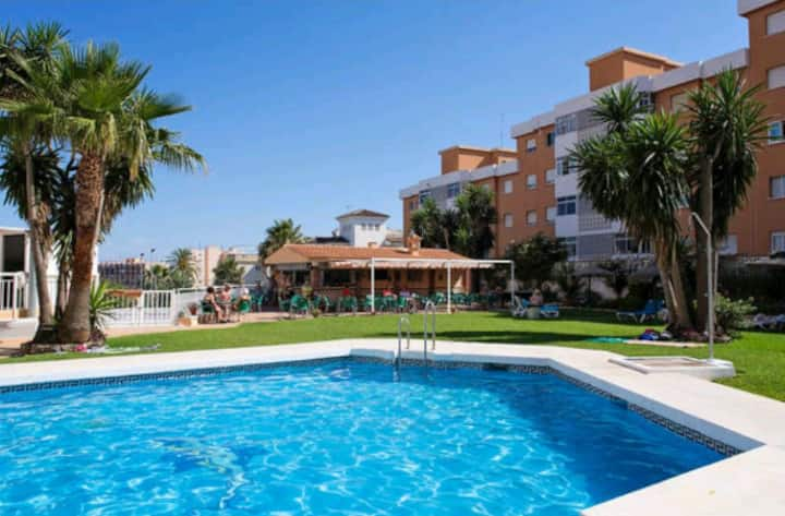 Studio with sea views in Torremolinos
