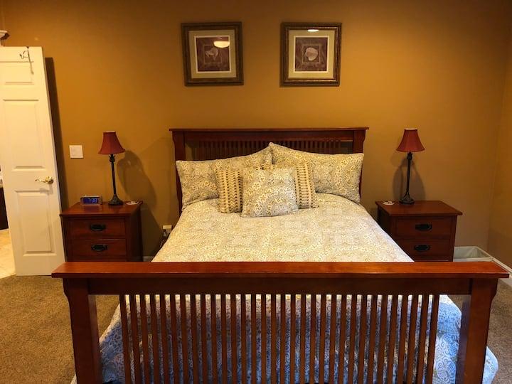 Luxurious private room near Nevada City