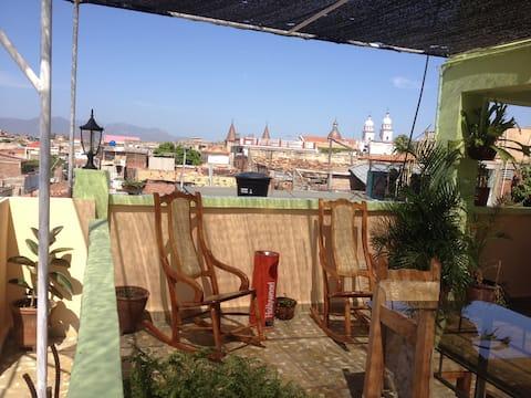 Terraza con Las Mejores Vistas de Santiago + Wifi