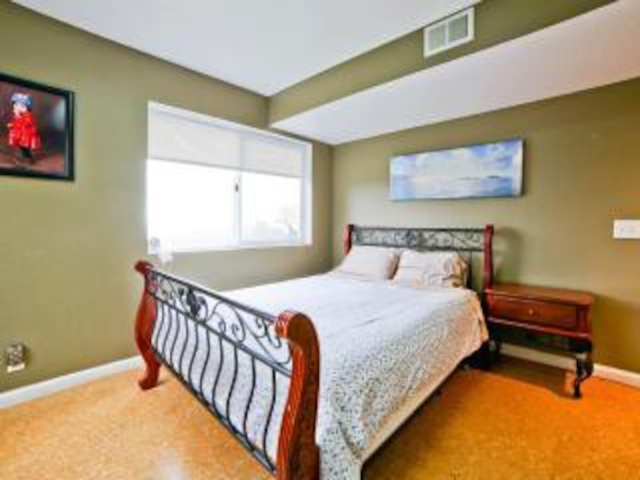 organic mattress-queen bed (bedroom 1 northern side)