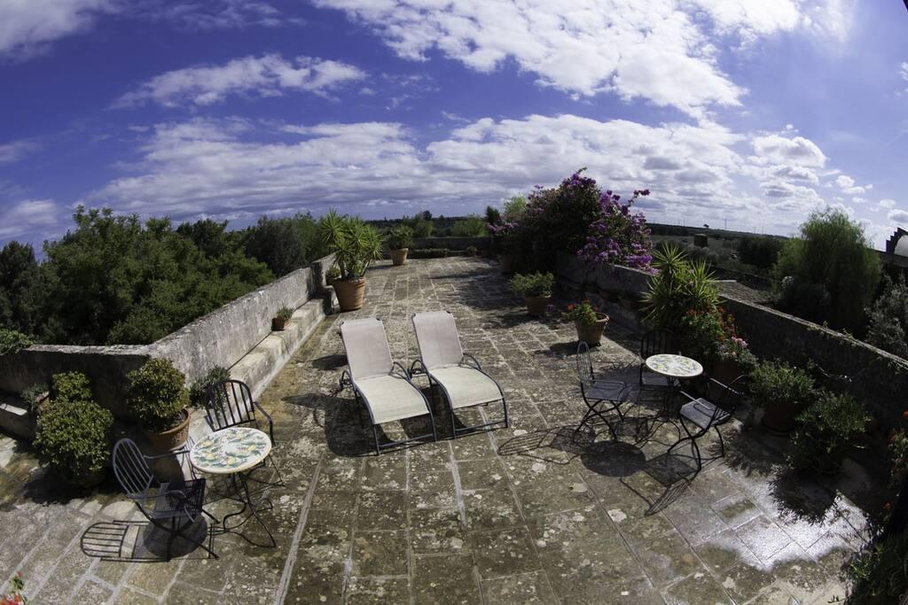 Terrazzo panoramico della casa