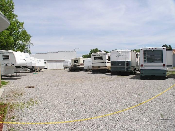 RV Rentals Eclipse Southern Illinois EPICENTER SP3