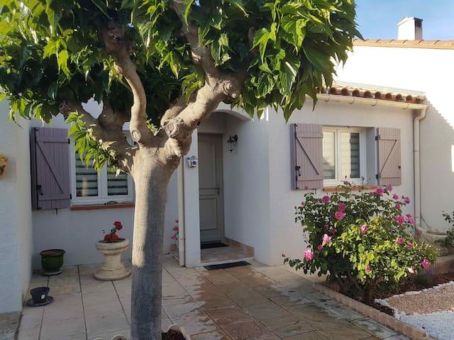 Belle villa, au calme, pièces spacieuses