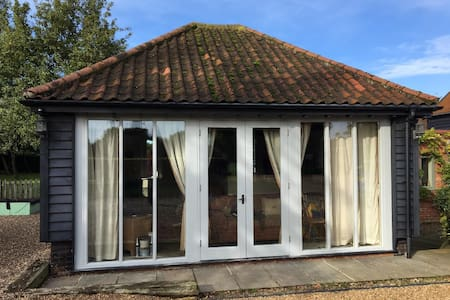 The Annexe situated in a quiet location on the outskirts of Norwich city