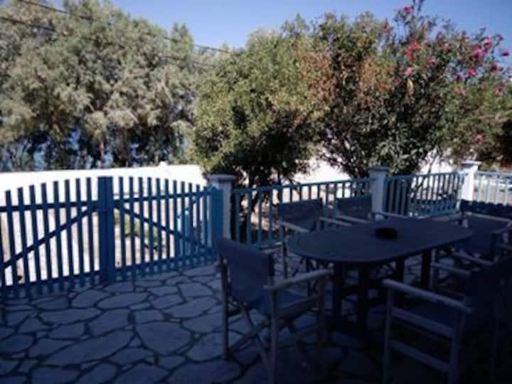 Villa Kantouni by the sea