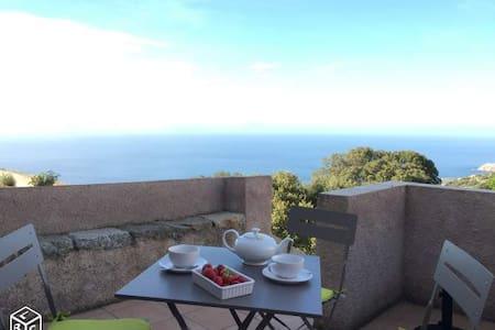 Maison 2 terrasses avec vue mer - Corbara - Haus
