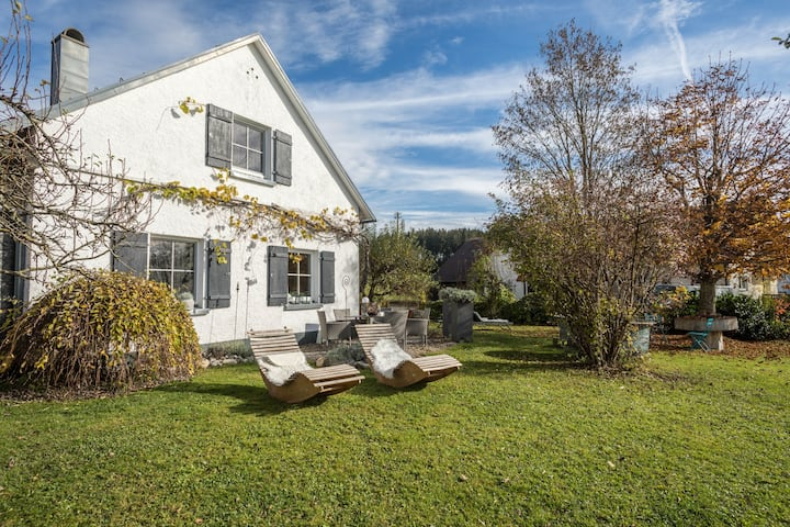"""Beautiful Country Home """"Ferienhaus Landlust-Karsee"""" in Rural Area with Mountain View, Wi-Fi, Terrace & Garden; Parking Available, Pets Allowed"""