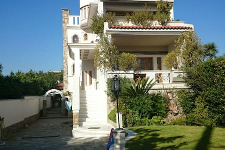 Villa, view to the sea and mountain - Νέα Μάκρη