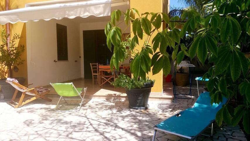 appartamento indipendente Maricò - Santa Maria al Bagno - Huoneisto