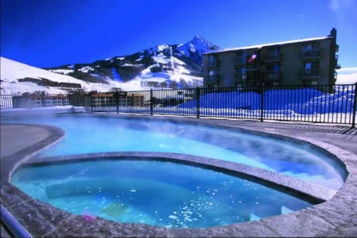 Two-room Suite in Mt. Crested Butte