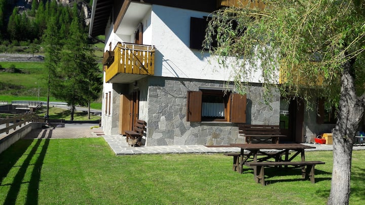 AppartamentoDaLuca di fronte agli impianti di sci