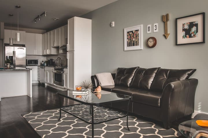 RELAXING 1BR APT IN DILWORTH, VERY NEAR HOSPITAL