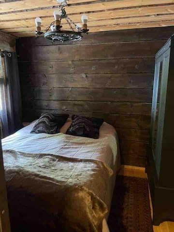 Makuuhuone /Bedroom