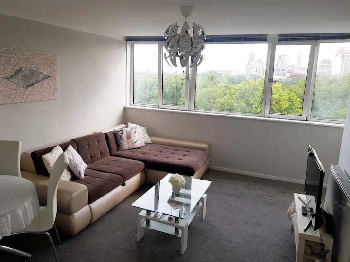 Bright Double Room - Central
