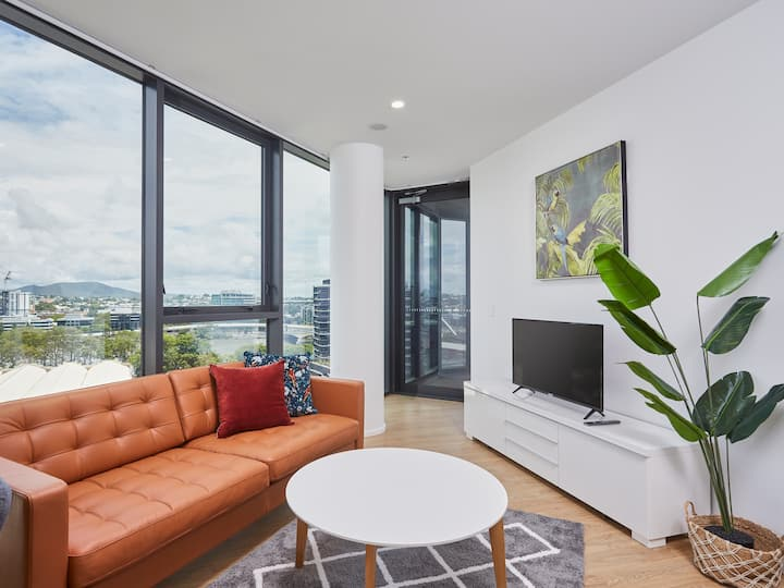 Artistic South Bank High-end 2Bed Apartment