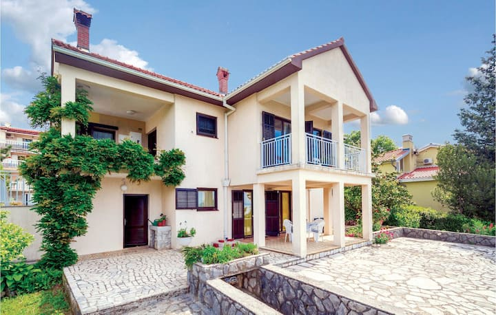Stunning home in Kastav with WiFi and 1 Bedrooms