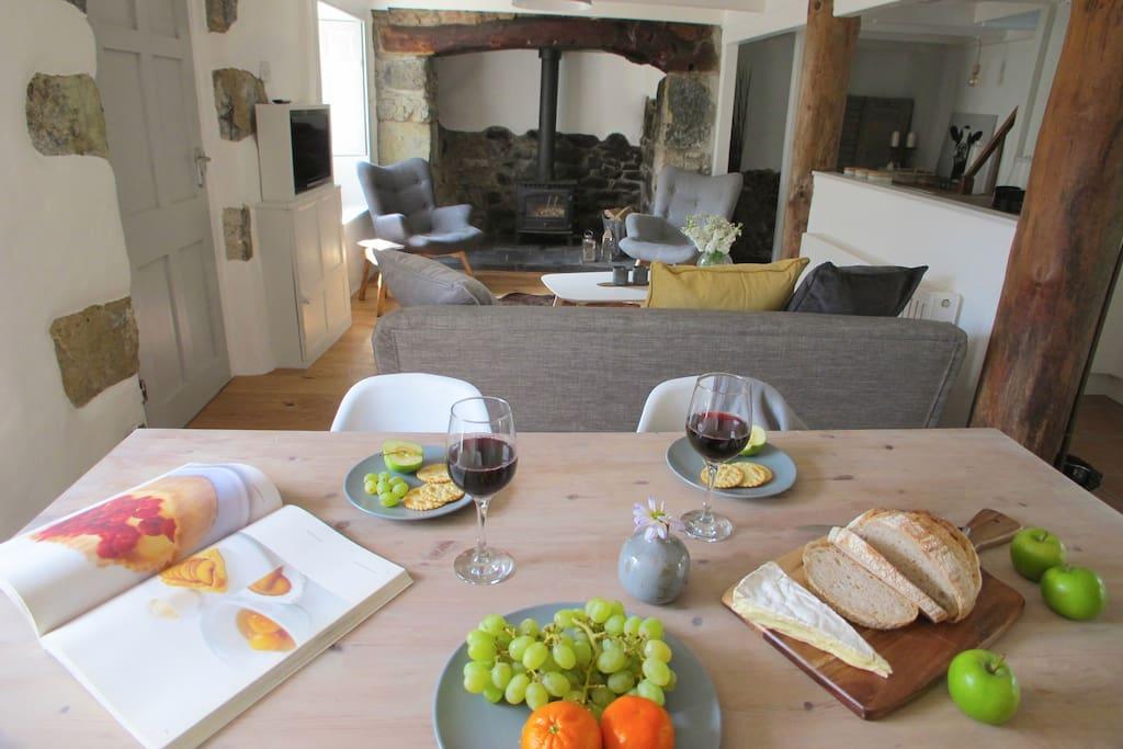 Diner/Living room
