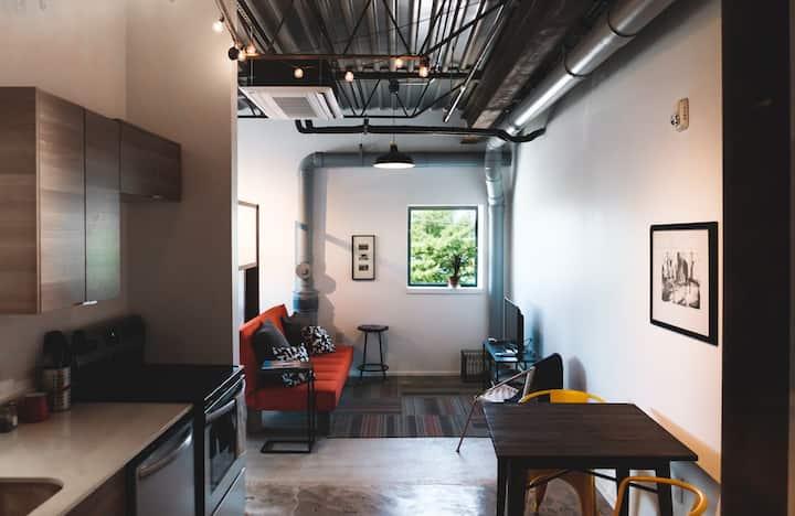 Creative Industrial Loft & Coworking