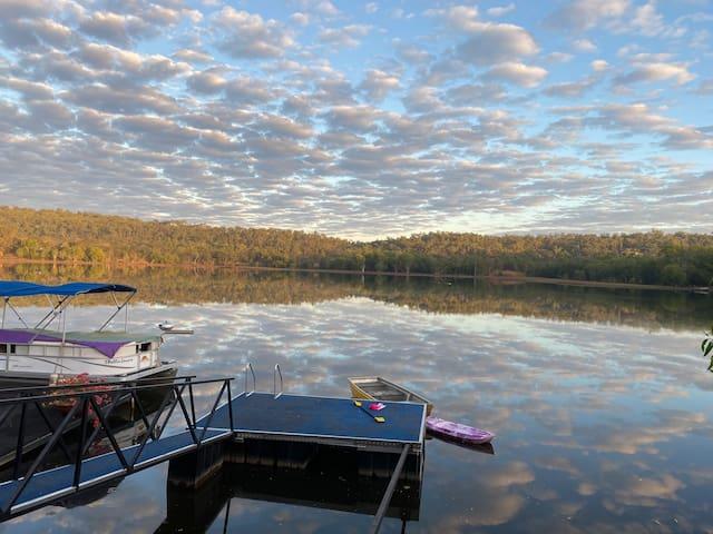 Kookaburra Cottage - Reflecting Tranquility