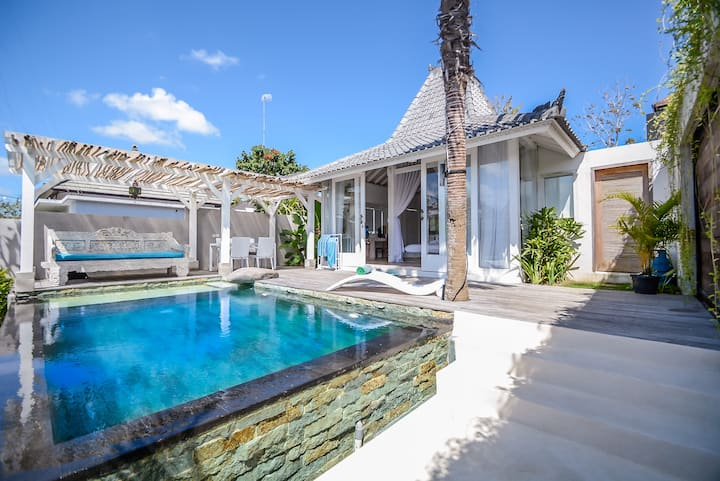 Charming LUXURY Villa with Pool in Uluwatu