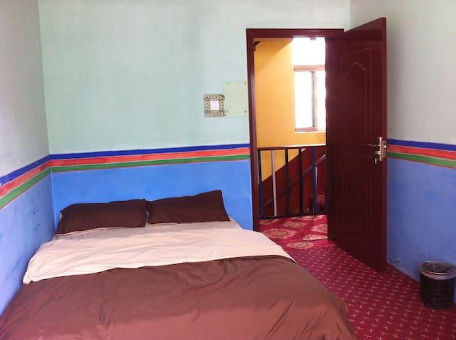 雪域短租房间2 - 拉萨 - Lägenhet