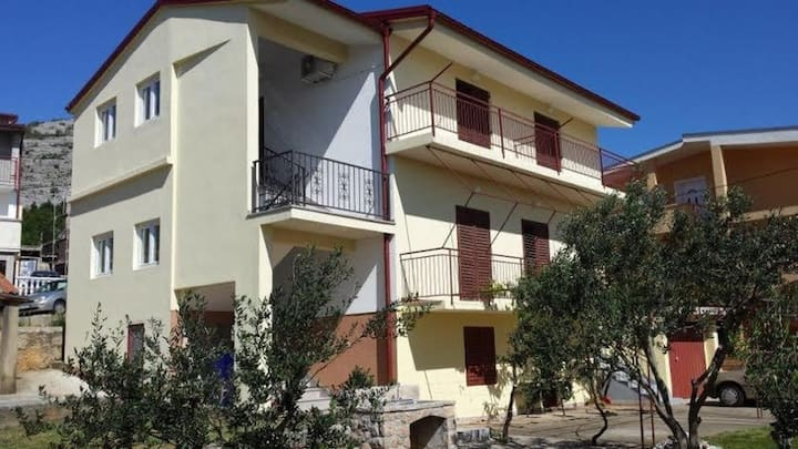 Apartment Sunny  - sea side terrace & parking: A1(4+1) Starigrad-Paklenica, Zadar riviera