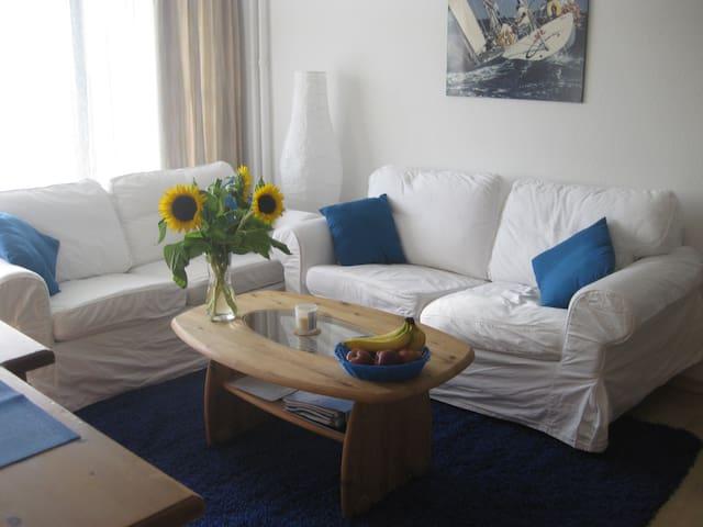 Ostsee-Ferienwohnung am Strand in Kiel-Schilksee - Kiel - Appartement