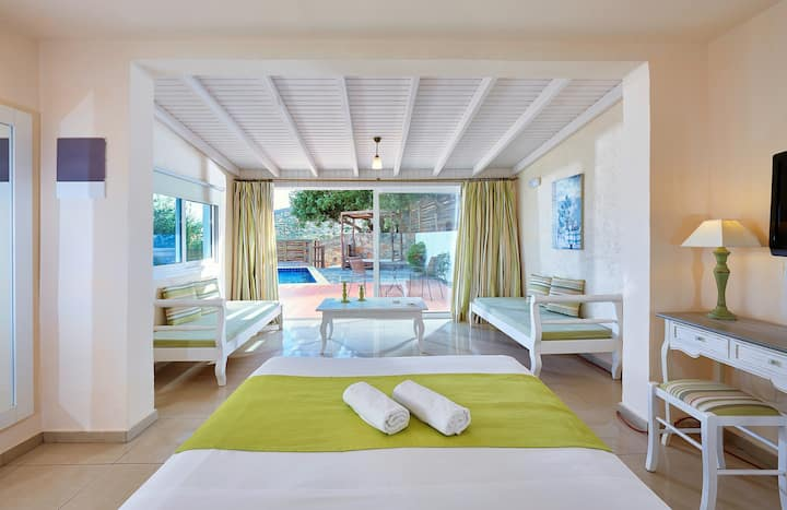 Elounda Eleon Suite with Seaview and pr. Pool
