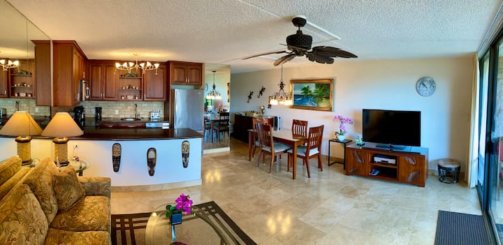 Remodeled Condo across from Maui's Kamaole1 BEACH!